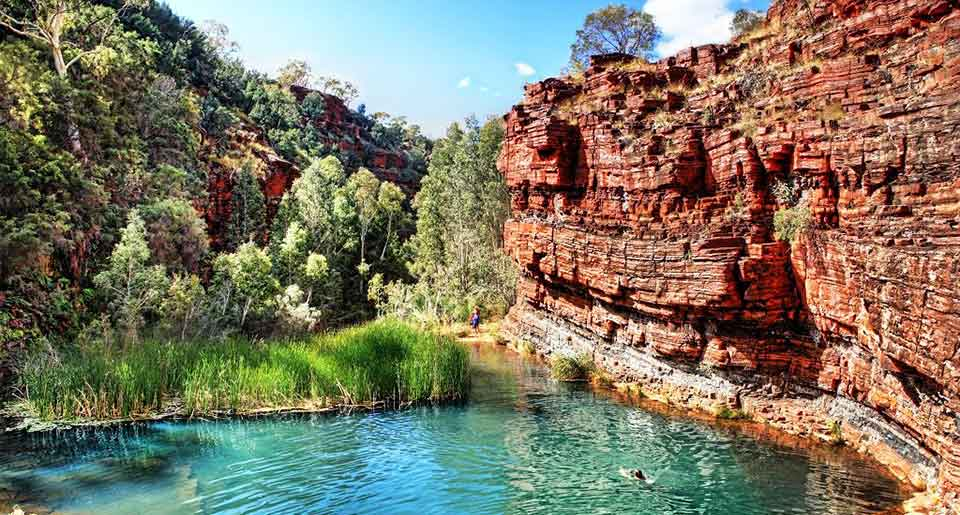 Travel-1--Karijini-National-Park-tour